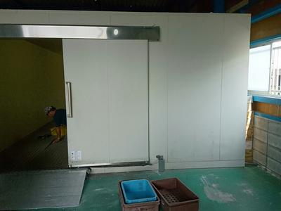 プレハブ冷蔵庫の解体・買取のサムネイル